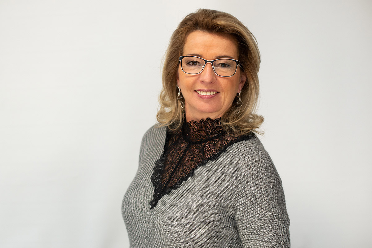 Angela Dochow Geschäftsführung DOCHOWs Küchen mit Geschmack in Berlin