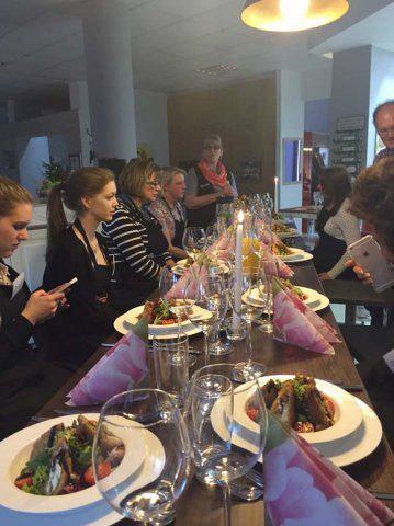 Koch-Event bei DOCHOWs Küchen mit Geschmack in Berlin