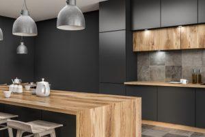 Schwarze extravagante Küche